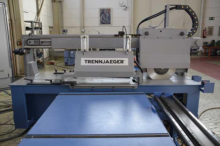 Trennjaeger-uni-9-friction-saw
